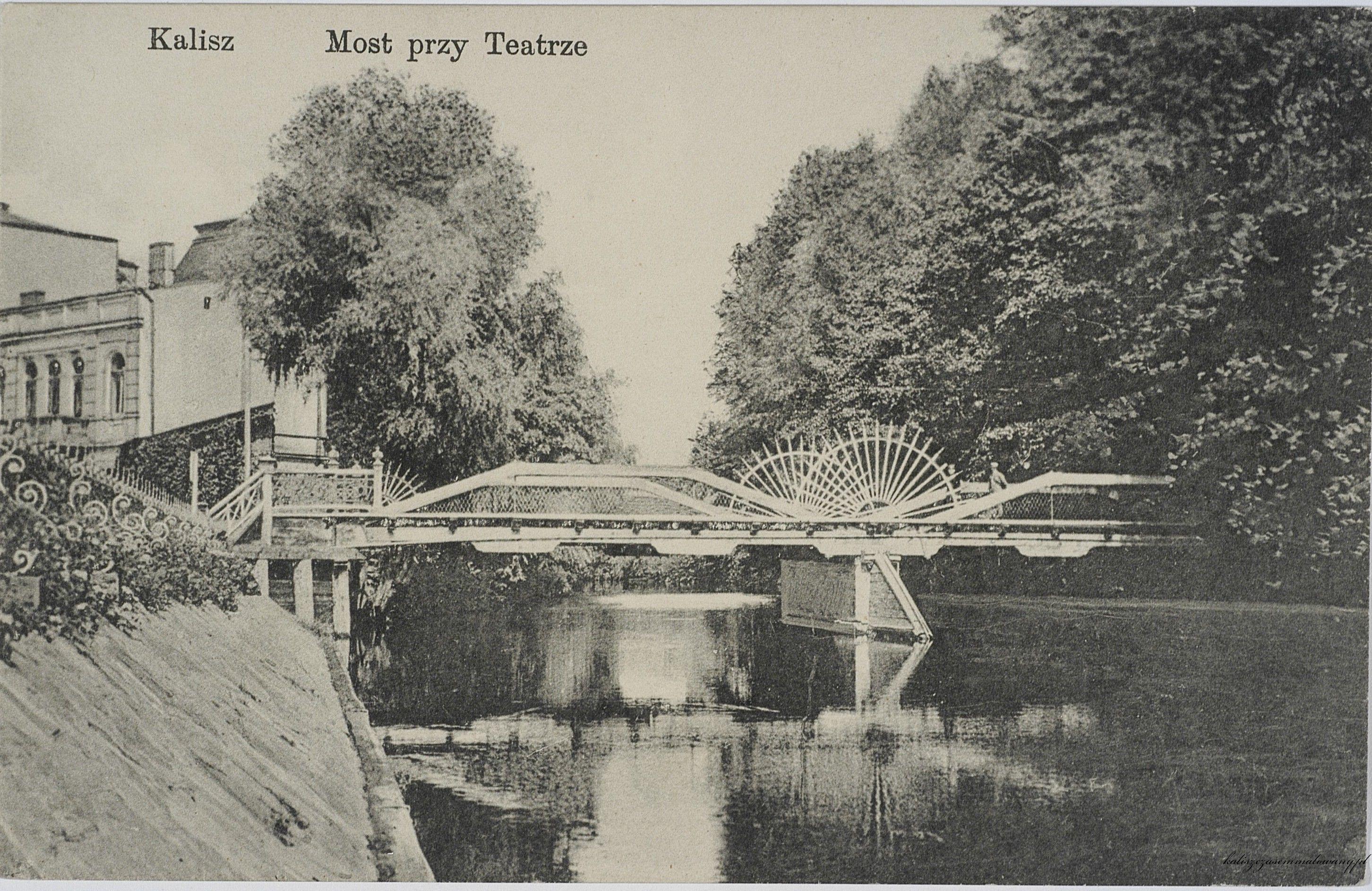 Most przy teatrze