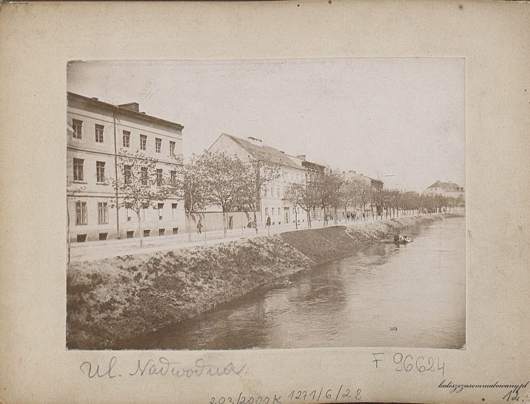 ulica Nadwodna 2