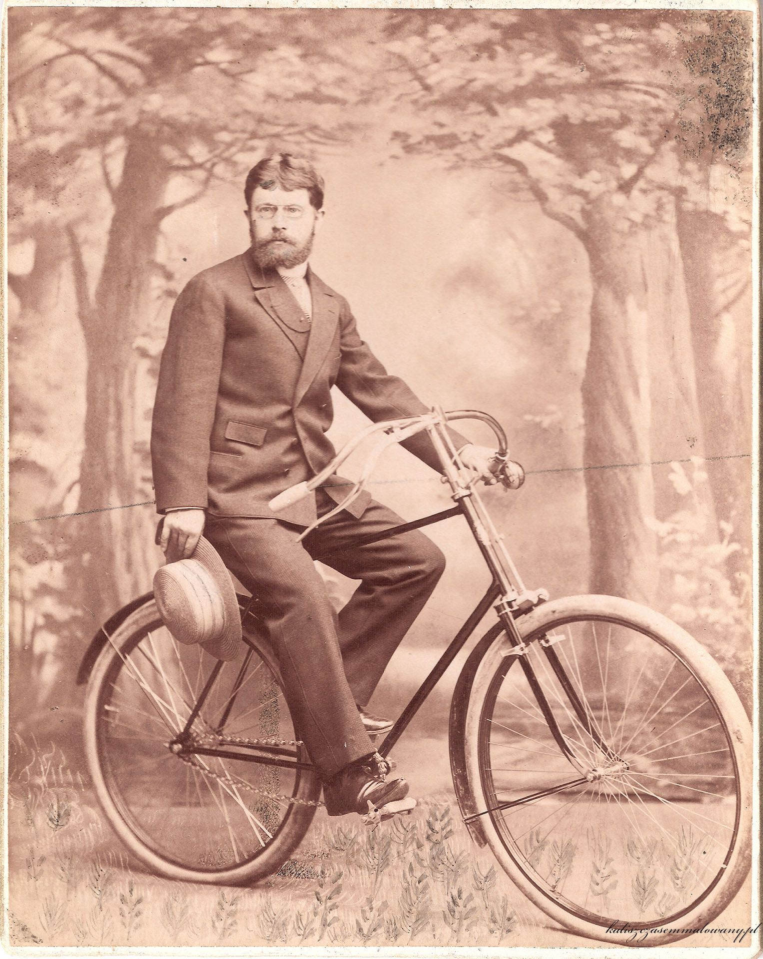 Wincenty Boretti na rowerze
