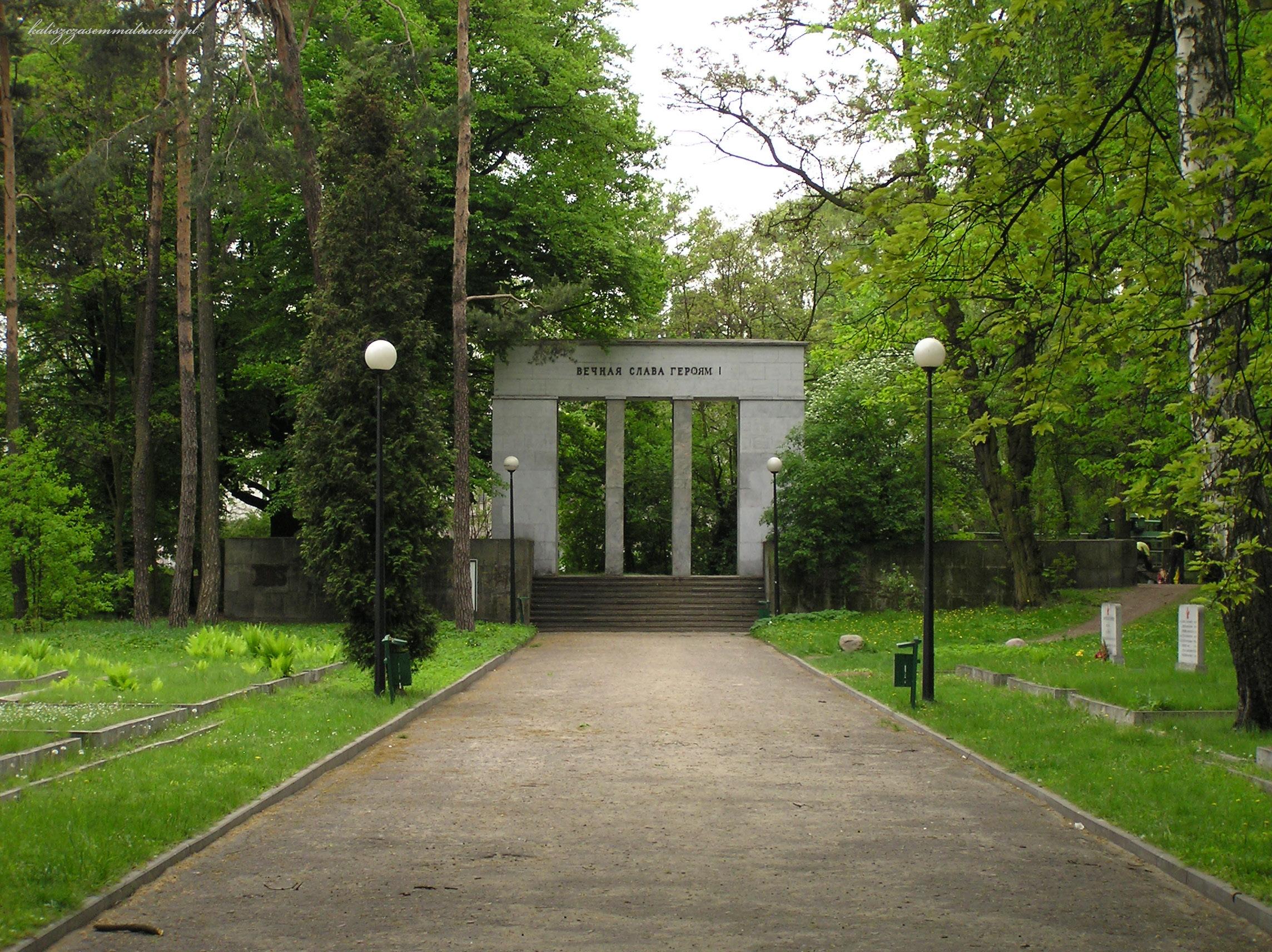 cmentarz_sowiecki-10