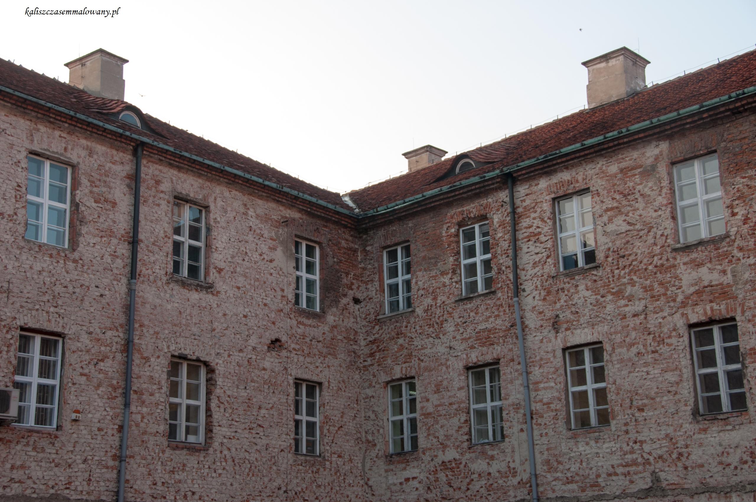 kolegialna-09